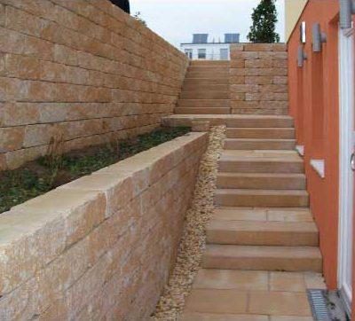 Naturstein Stufen Mauern Gartendesign Killen