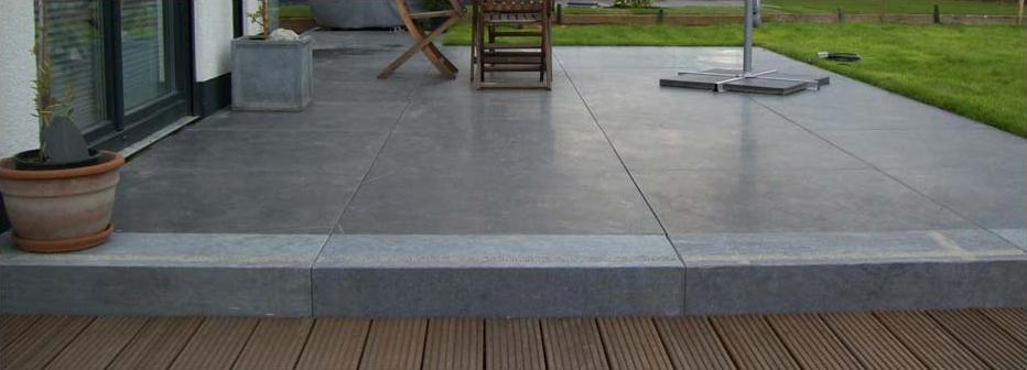 naturstein terasse finest terrasse naturstein pflaster with naturstein terasse top mit dem. Black Bedroom Furniture Sets. Home Design Ideas
