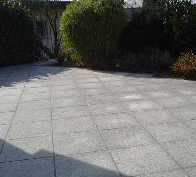 Terrassen Großlaeufige Natursteinplatten Gartendesign Killen